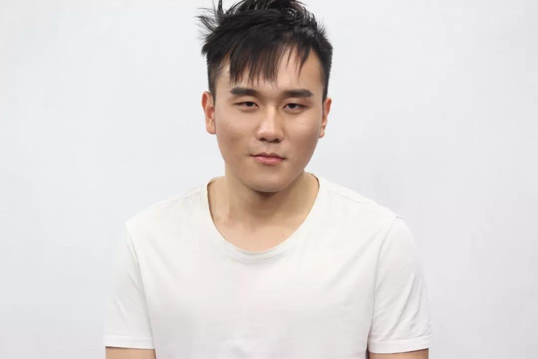 容艺全能艺人班徐昊宇参演电视剧《阳光法庭》