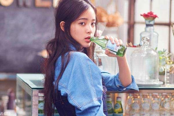 http://rongyiedu-guanwang.oss-cn-beijing.aliyuncs.com/赵今麦经纪人是王京花,张子枫的经纪人是谁?